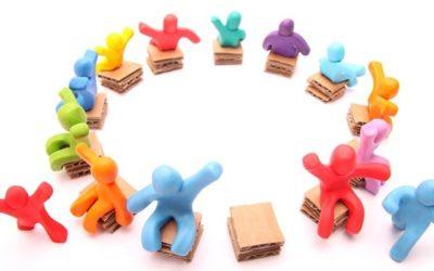 Il gioco delle sedie. L'impatto di desk sharing e clean desk policy su identità organizzativa, benessere e produttività.